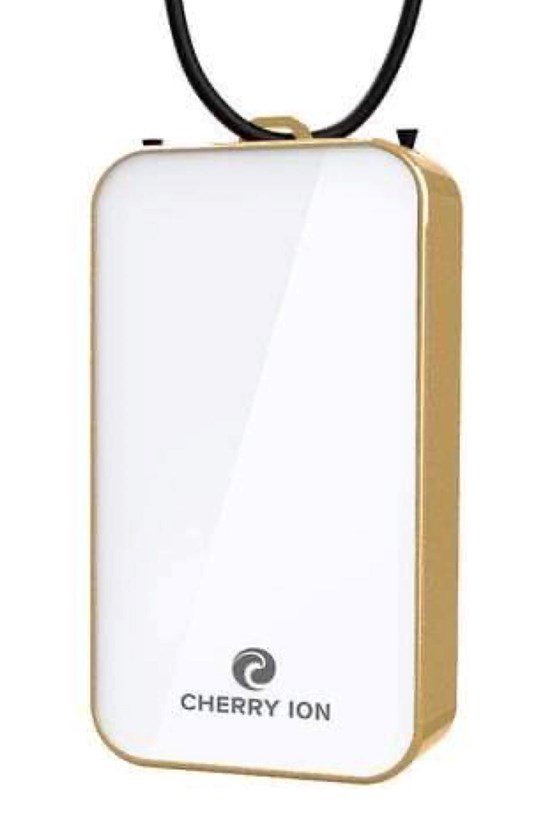 Cherry Ion Personal Wearable Air Purifier (White-Gold)